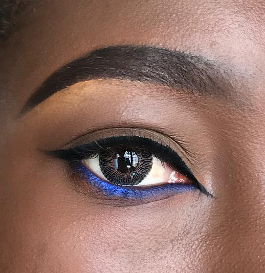 Blue waterline eye pencil