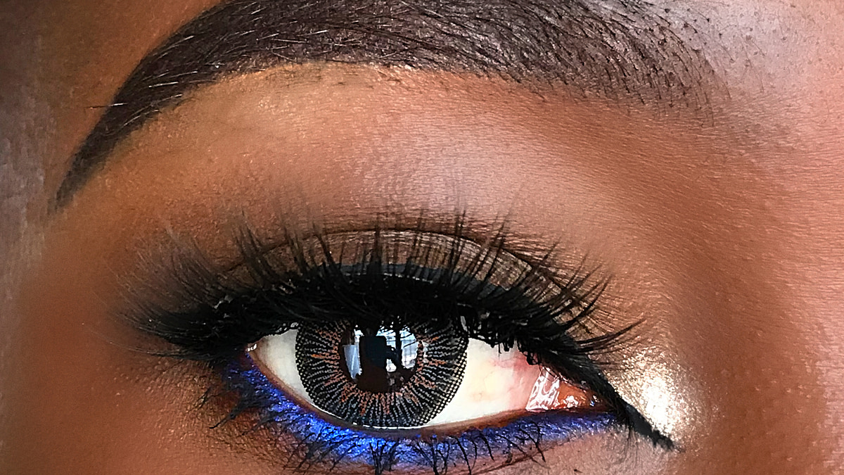4 Beginner-Friendly Ways To Make Your Eyes Stand Out Behind a Mask